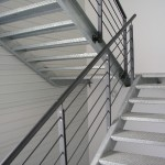 Moderna stubišna ograda - Hilti centar